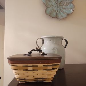 Longaberger Fall Winery basket with lid